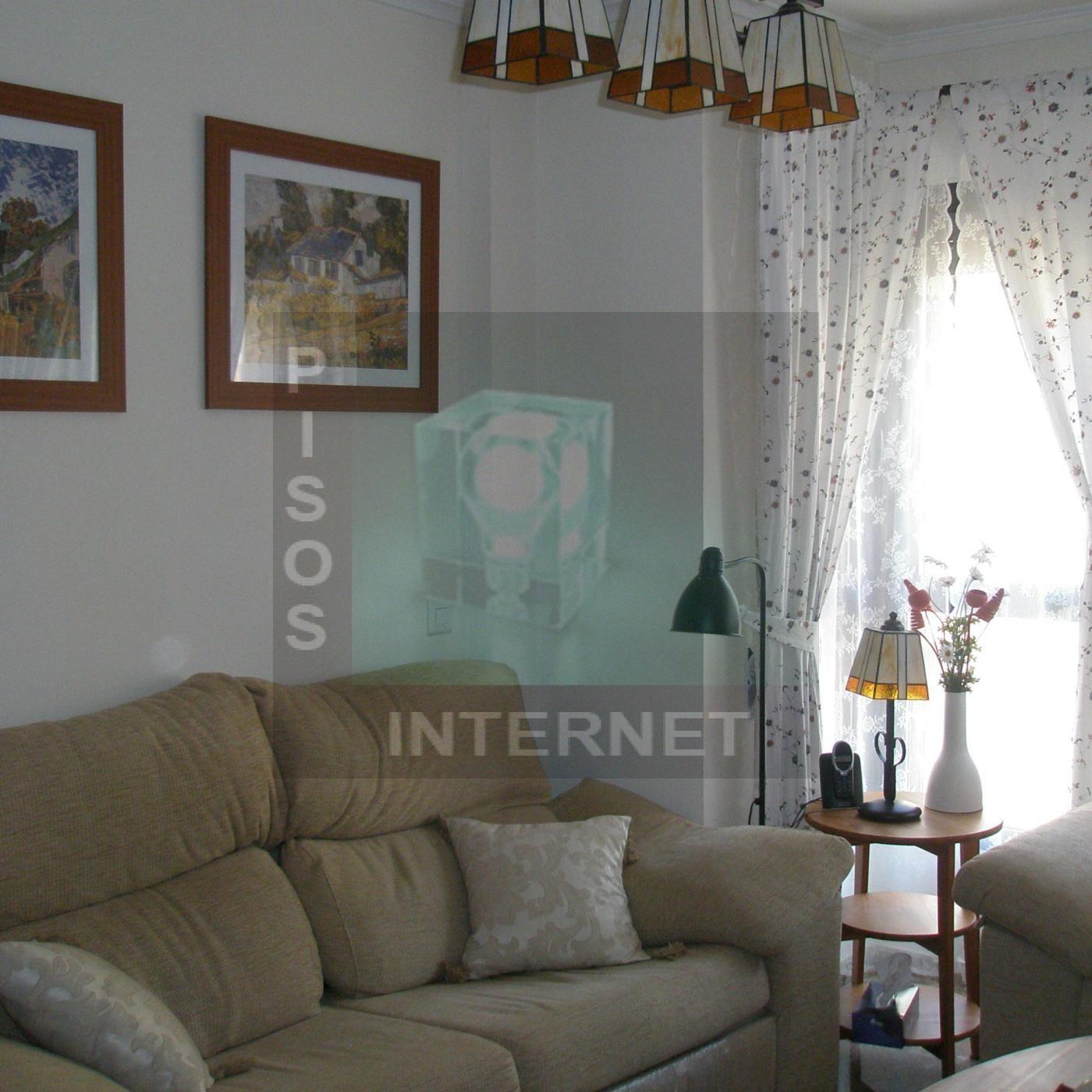 Piso 4 habitaciones con garaje en San Isidro