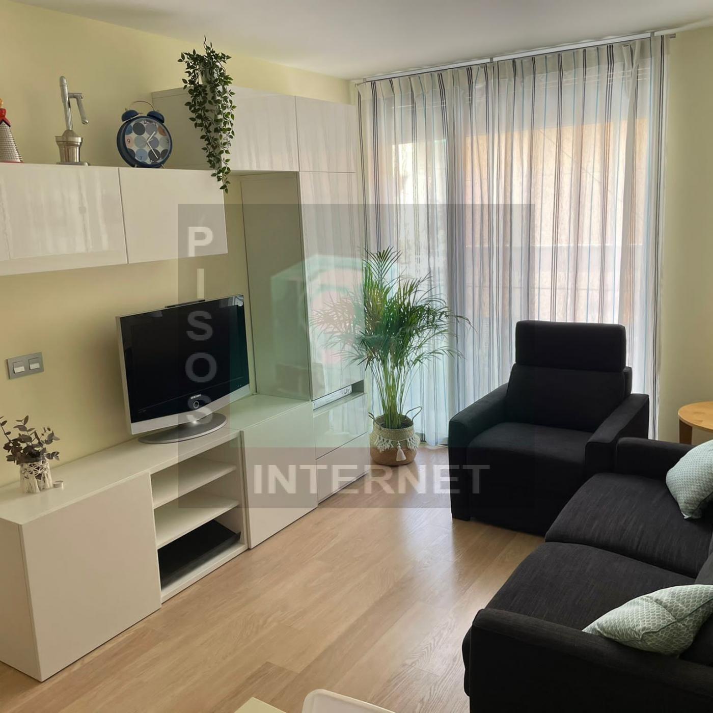Alquiler apartamento con miuebles