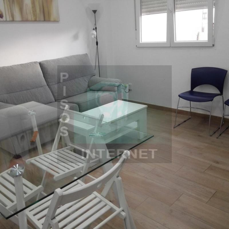 Alquiler de piso en Extramur con muebles