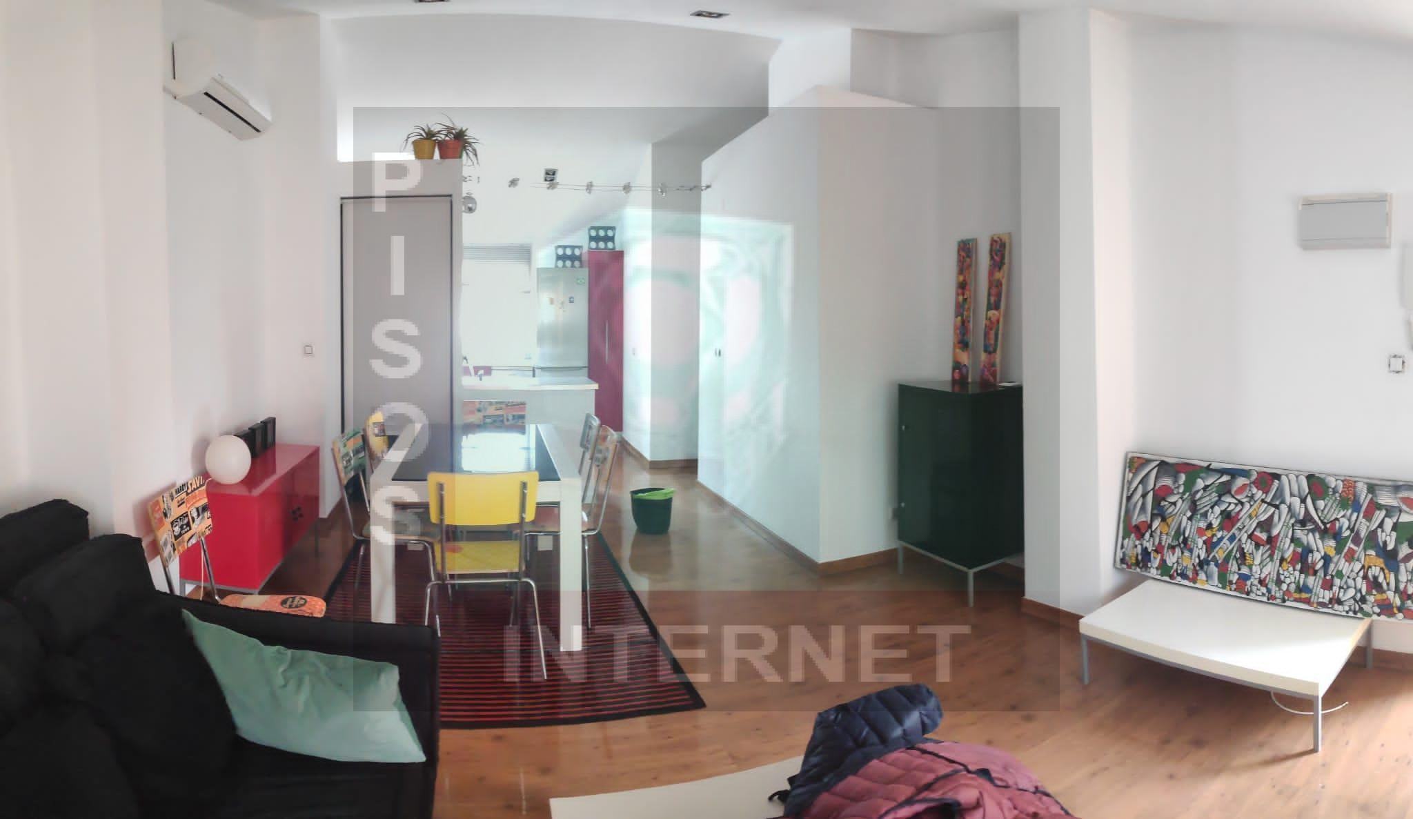 Ático de dos habitaciones en Ruzafa