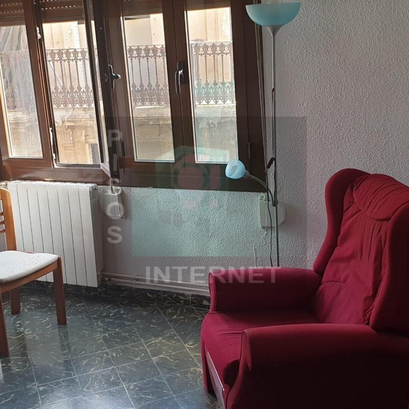 Alquiler de piso con muebles en el Carmen