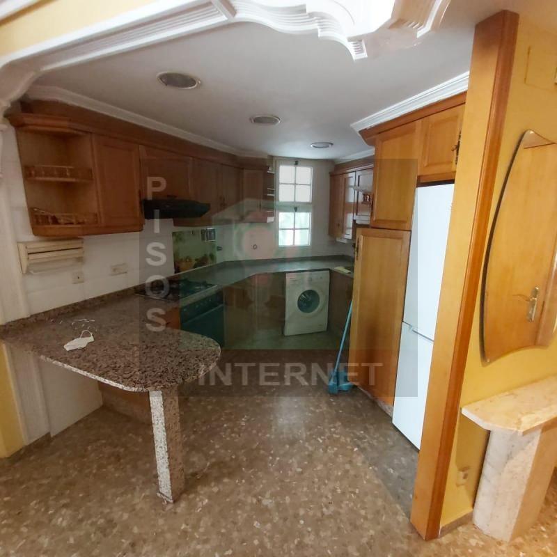Alquiler de piso con muebles eblao